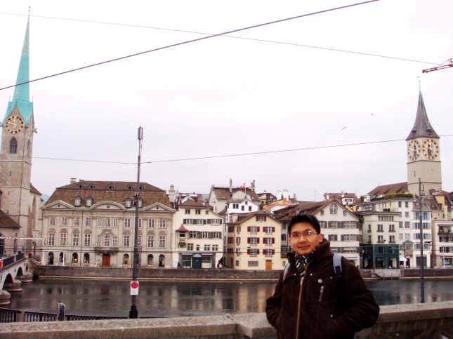 Antara 2 menara jam =)